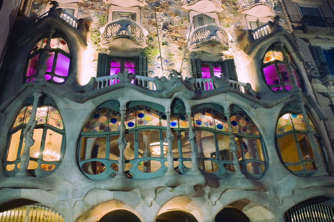 Visit Casa Batllo in Barcelona from your cheap Barcelona apartment